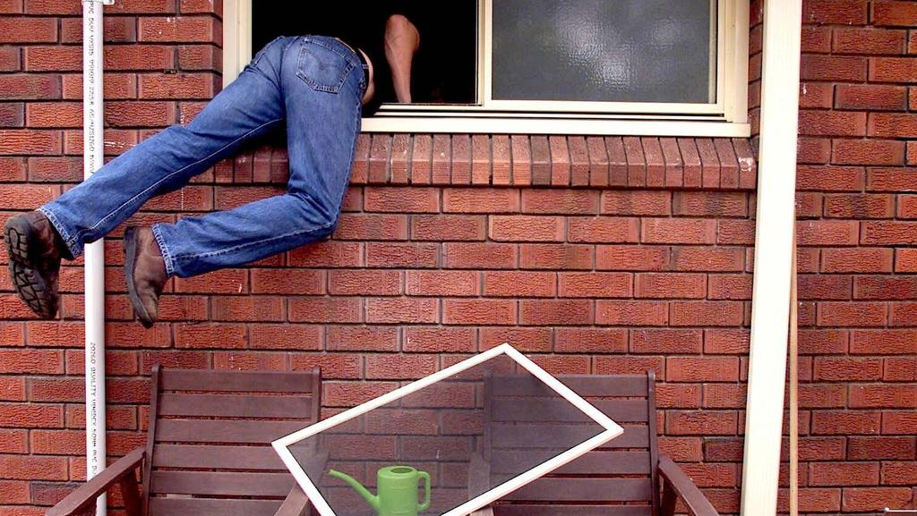 SAPOL are warning residents to make sure their doors and windows are secure.