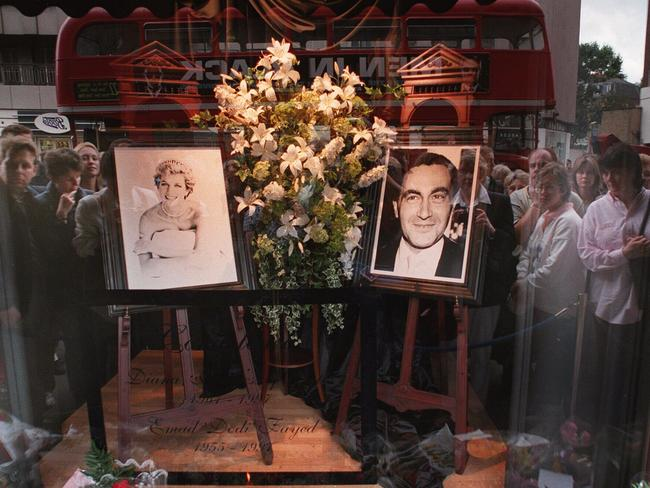 Crowds outside Harrods in 1997 where pictures of Diana and Dodi were placed in a window. Picture: Supplied