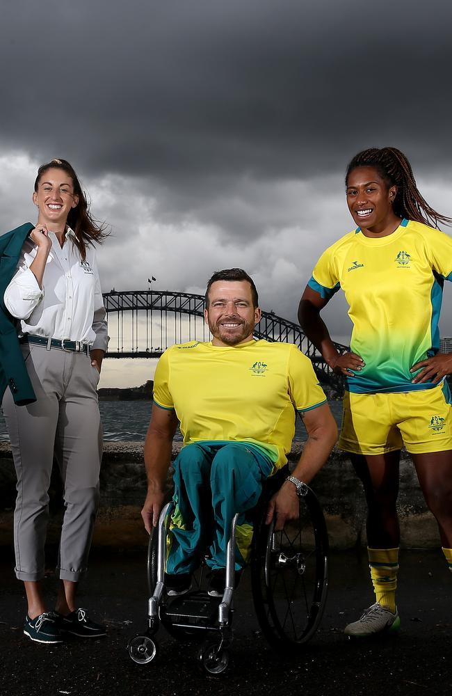 Commonwealth Games Gold Coast 2018: Australian uniforms ...
