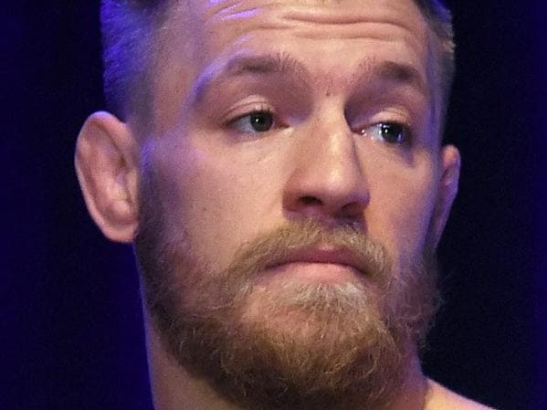 Pacquiao's sly offer to McGregor