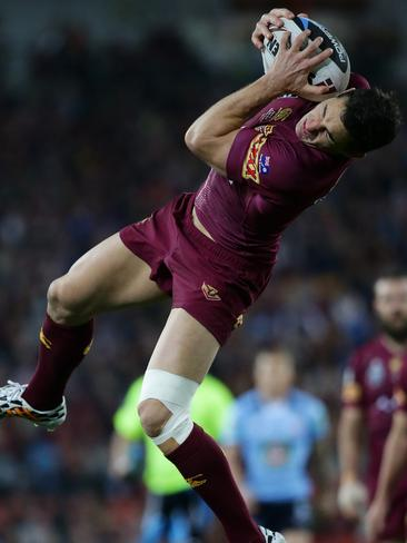 Billy Slater takes a high ball for Queensland in State of Origin III.