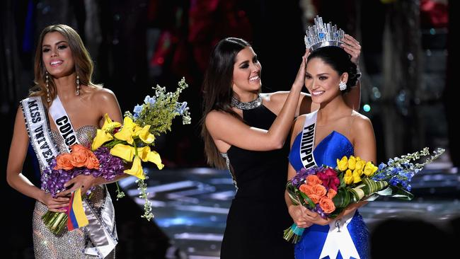 Miss Philippines 2015, Pia Alonzo Wurtzbach (right), reacts as she is crowned the 2015 Miss Universe. Picture: Ethan Miller/Getty Images