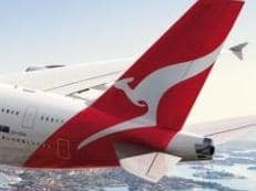Qantas jet in mid air engine drama