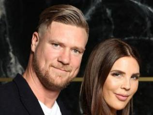 NIGEL WRIGHT PHOTOGRAPHER. +61(0) 409 363 339. COPYRIGHT: CHANNEL 9 AND ENDEMIOL SHINE AUSTRALIA MARRIED AT FIRST SIGHT S5. OCTOBER 2017 THIS EXCLUSIVE PICTURE SHOWS: 3rd DINNER PARTY...DEAN AND TRACEY