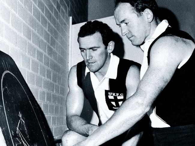St Kilda's Ian Stewart and Darrel Baldock talk tactics before the game.