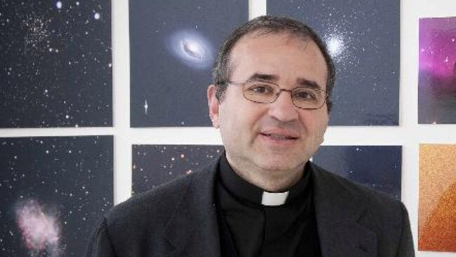 Father José Gabriel Funes likes to find the balance between science and the Catholic Church. - 485a57f5dc0ef4556d4b1eb828eae5ef
