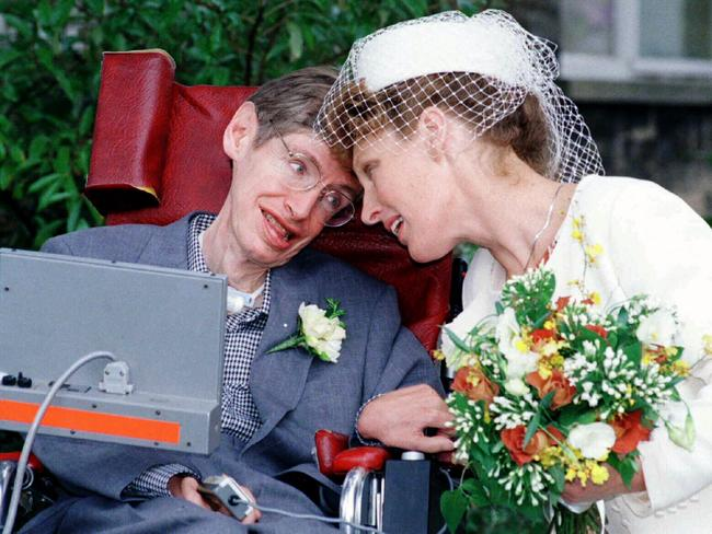 Professor Stephen Hawking with wife Elaine Mason after their marriage ceremony at Cambridge Register Office, September 1995.