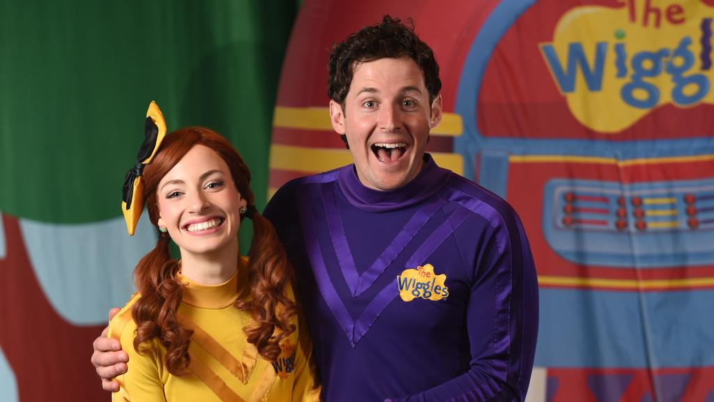 The wiggles emma and lachy dating