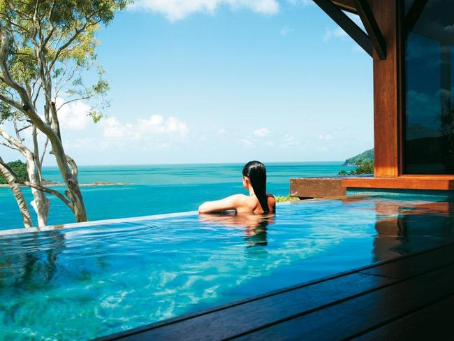 Hamilton island v hayman island which whitsunday island for Best home pools in the world