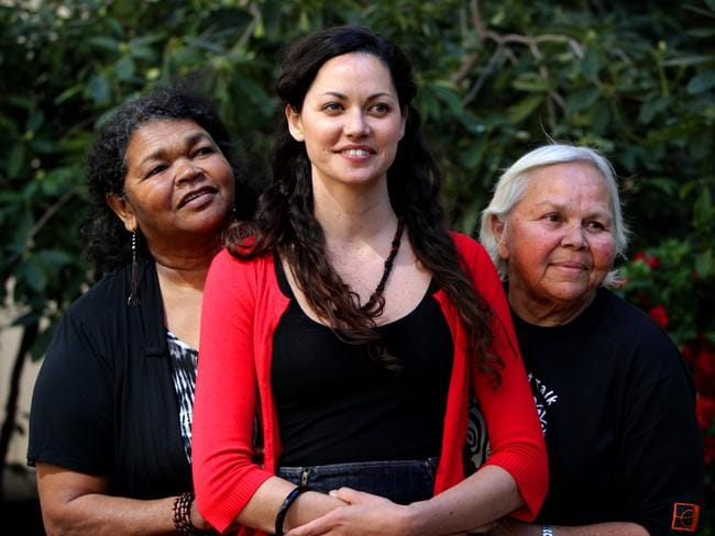 the impact of colonization on aboriginal and torres straight islander people Aboriginal people lived in all parts of australia before european settlement in   aboriginal plant use, and exploring the impact of climate on the way people lived   activity 4 how long have aboriginal and torres strait islander (tsi) people.