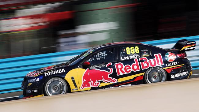 The Red Bulls were fast in Darwin, but Lowndes struck trouble.