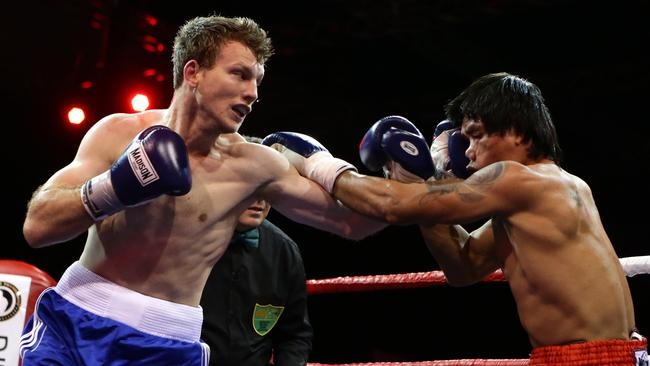 Jeff Horn in action against Nuengsiam Kiatsongsang at the RNA Showgrounds. Picture: Darren England