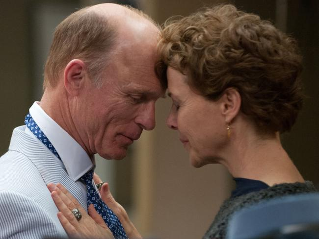 Ed Harris and Annette Bening in a scene from <i> Face of Love</i>.