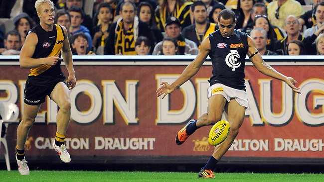 Carlton's Yarran snaps a wonder goal from near the boundary line against Richmond. Picture: Michael Dodge