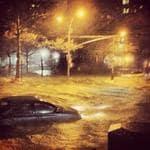 "<p>Yamile Mufdi @yamimufdi: ""NYC streets..."" #hurricanesandy Picture: Twitter</p>"