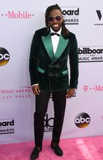 =Recording artist Jason Derulo arrives at the 2017 Billboard Music Awards at the T-Mobile Arena on May 21, 2017 in Las Vegas, Nevada. / AFP PHOTO / MARK RALSTON