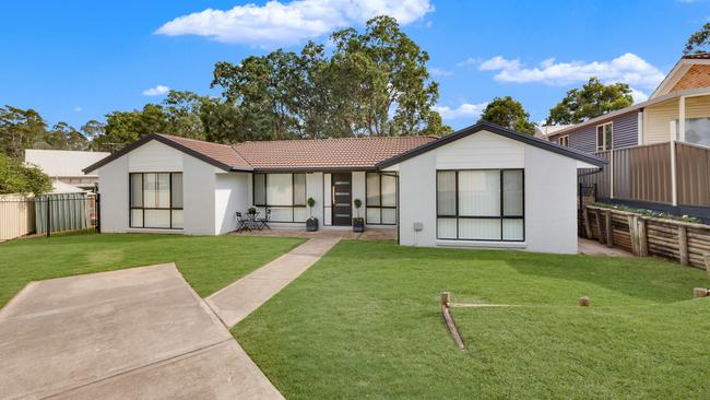 This home at 18 Ellim Pl, Cranebrook was the most viewed property listing in NSW earlier this month.