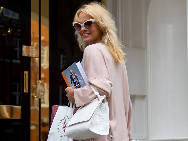 Pamela Anderson delivers lunch to Julian Assange at the embassy of Ecuador in London on October 15. Picture: Ben A. Pruchnie/Getty Images