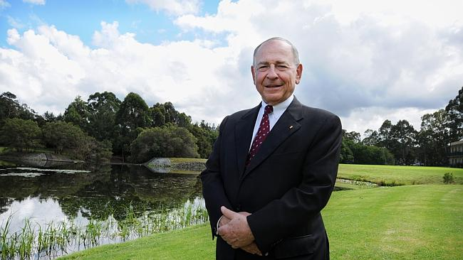 Former ABC Chairman Maurice Newman has backed Prime Minister Tony Abbott's criticism of the national broadcaster.