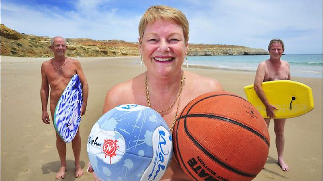 Maslin Beach Nude Games | Ozevents Online