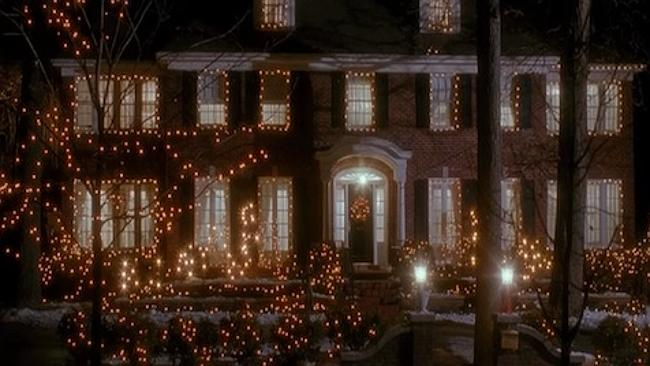 IN THE MOVIE: The Home Alone house, lit up like a beacon at Christmas time. Picture: Imgur / Mobius01