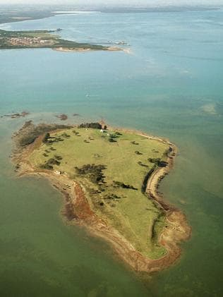 Elizabeth Island Sandstone Island Listed For Sale Leader
