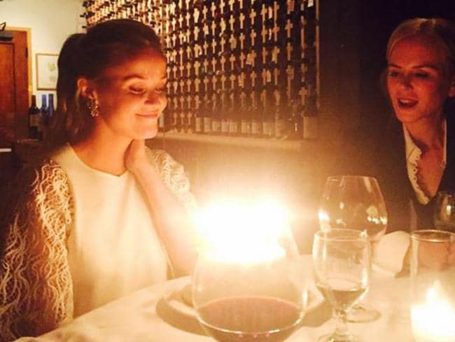 Reese celebrates her birthday with friend Nicole Kidman.