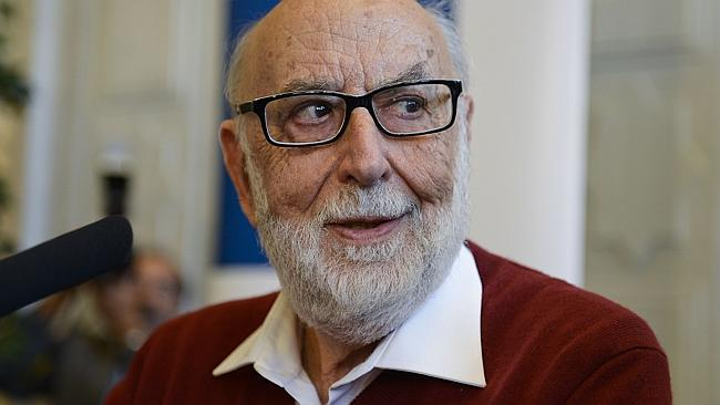 ULB emeritus professor Francois Englert after winning the 2013 Nobel prize in Physics. (Photo: AFP PHOTO/ LAURIE)