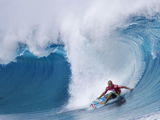 Eleven time world champion Kelly Slater shows how its done.