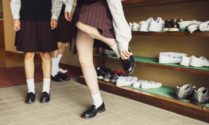 10 tips for buying school shoes