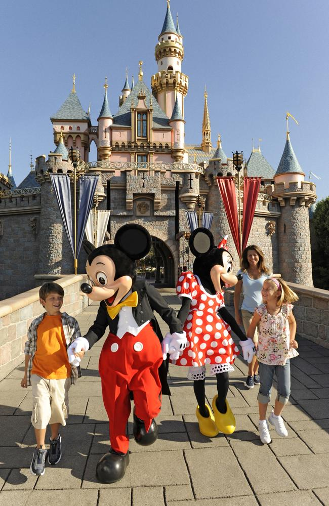 """If you're ever told to """"have a magical Disney day"""", you're being rude."""