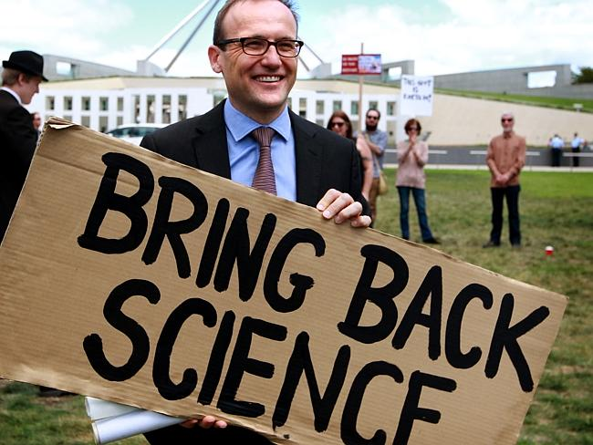 Deputy Greens Leader Adam Bandt was the only pollie to show his support, bless.