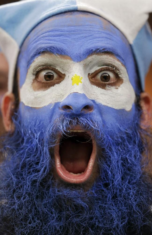 This Argentina supporter is taking the news hard.