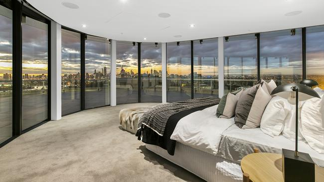 Lleyton Hewitt S 10 Million Melbourne Penthouse Restyled In Fresh Attempt To Sell