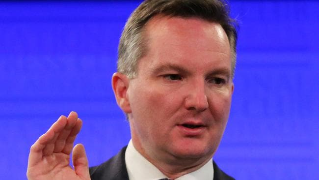 Demonising ... Chris Bowen says MPs shouldn't engage in cheap commentary about the dole. Picture: Ray Strange/News Corp.