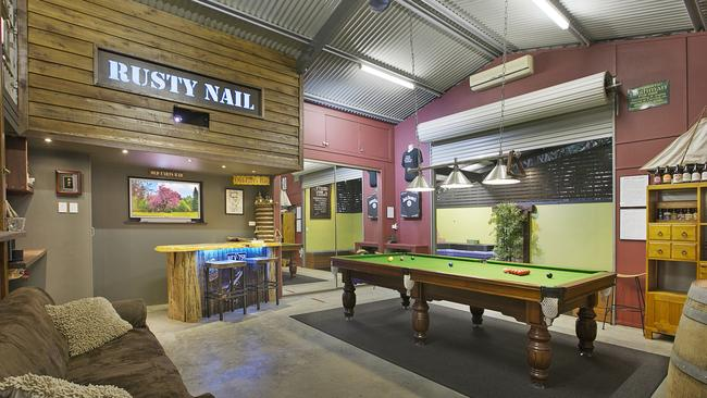 Man Cave Bar Australia : Ultimate man cave among brisbane s new property listings