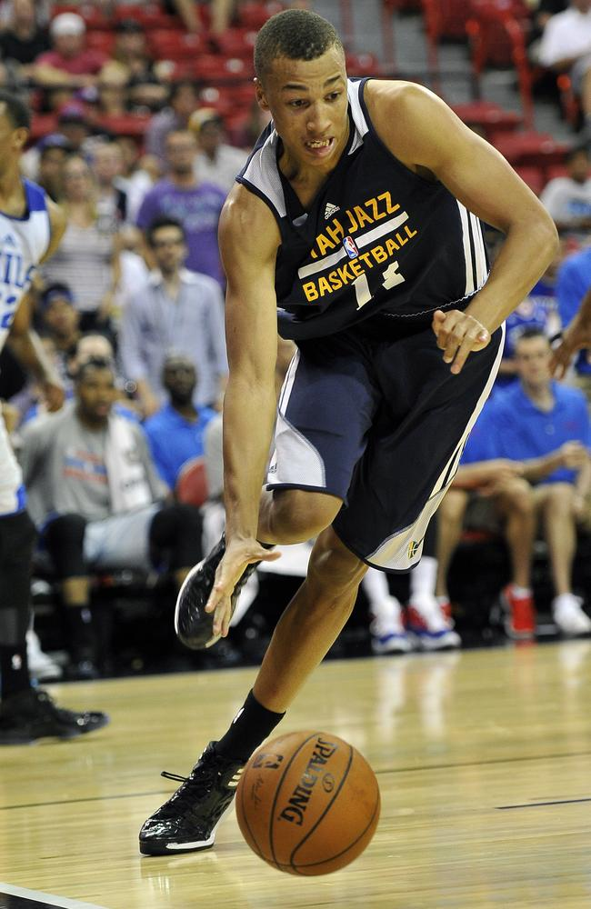 Dante Exum drives to the hoop for the Jazz against the Philidelphia 76ers in the NBA Summer League.