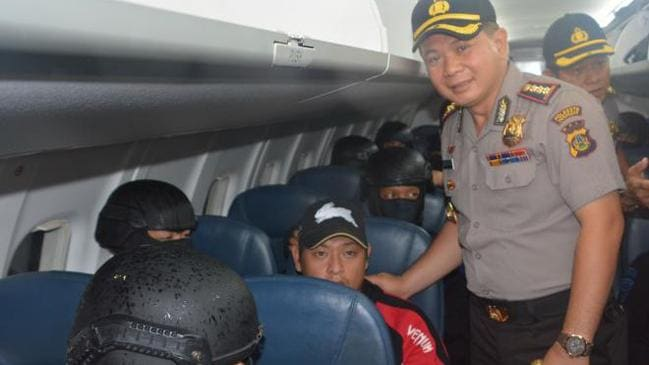 Outrage ... Indonesian police chief Commissioner Djoko poses for a photo with Andrew Chan.
