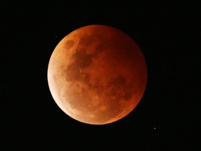 The spectacular Blood Moon seen in Sydney. Picture: Rohan Kelly