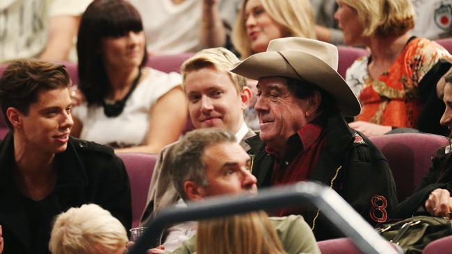Music guru Molly Meldrum got a round of applause from fans at Pink's Sydney concert.