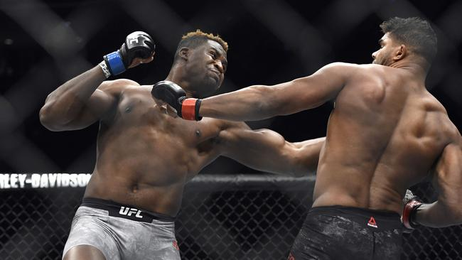 Francis Ngannou in action against Alistair Overeem at UFC 218.