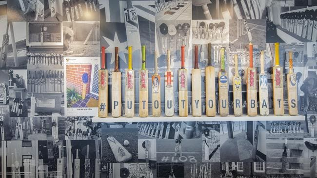 Twitter has decided to showcase the support shown to cricketer Phillip Hughes following his death with the emergence of the #putouryourbats hashtag.