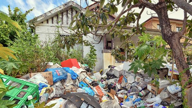 The infamous junk strewn home of the Bobolas family in Bondi. Picture: Troy Snook.