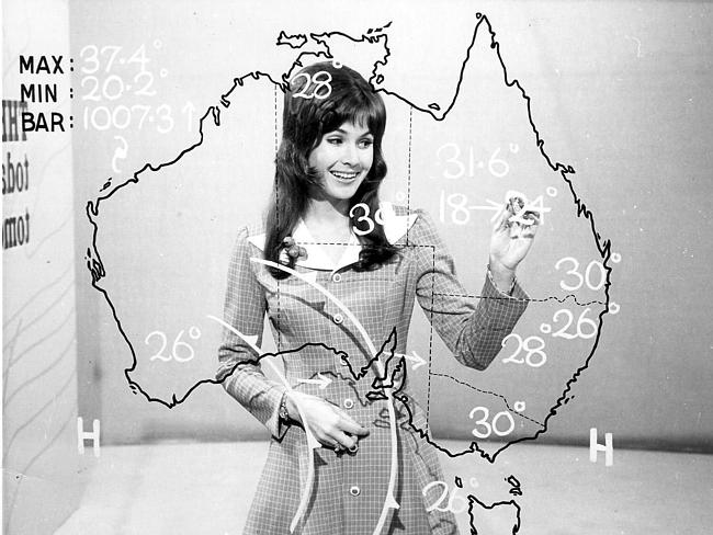 Remember the see-through maps on the weather reports? Sue Caldwell presents the weather for Channel 9 in the 1970s.