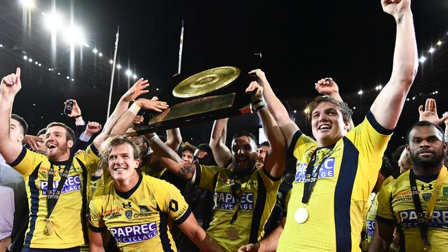 video clermont defeat toulon to win french top 14 final wallabies denied fairy tale finish. Black Bedroom Furniture Sets. Home Design Ideas