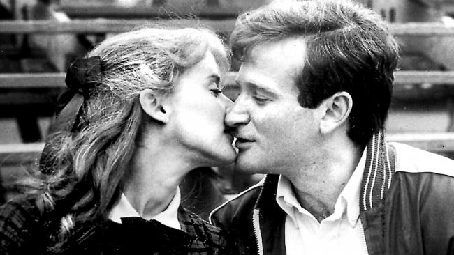 Robin Williams with Mary Beth Hurt in The World According to Garp.