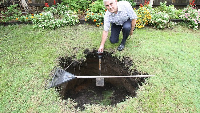 Airport Link tunnel gives pain in the backyard as sink ...