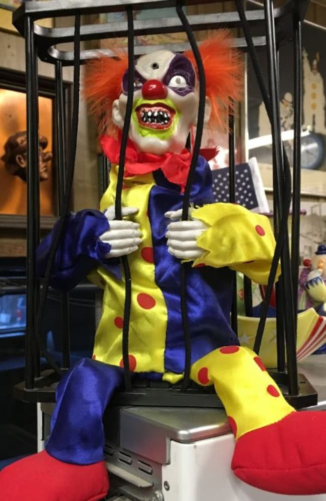 """If this isn't the stuff of nightmares then I don't know what is.  <a href=""""https://www.tripadvisor.com.au/Hotel_Review-g46006-d2253211-Reviews-Clown_Motel-Tonopah_Nevada.html#photos;geo=46006&detail=2253211&aggregationId=101"""" title=""""www.tripadvisor.com.au"""">Photo: TripAdvisor Traveller </a>"""