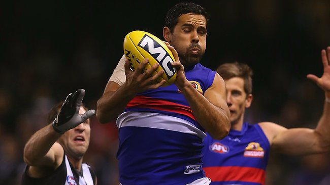 Brett Goodes takes a strong defensive mark.