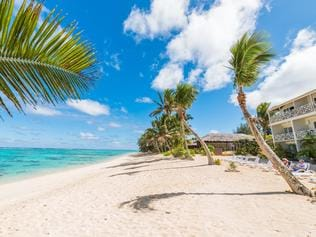 Supplied Travel SEPTEMBER 4 2016 DEALS Moana Sands Beachfront Hotel in the Cook Islands. For use with TravelOnline